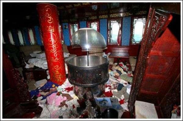 Покинутий китайський ресторанчик (24 фото)