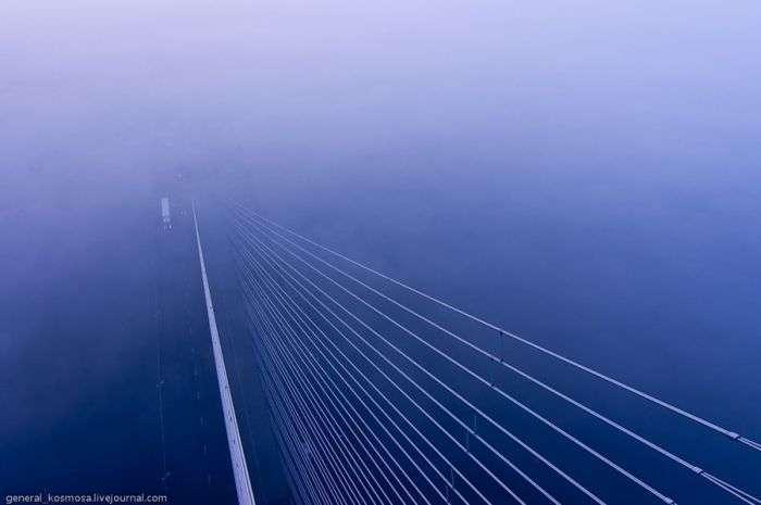 Міст Російський зімкнувся (32 фото + відео)
