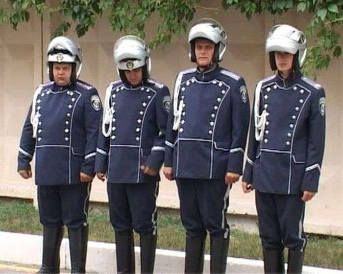 Нова форма українських ДПС (4 фото + відео)