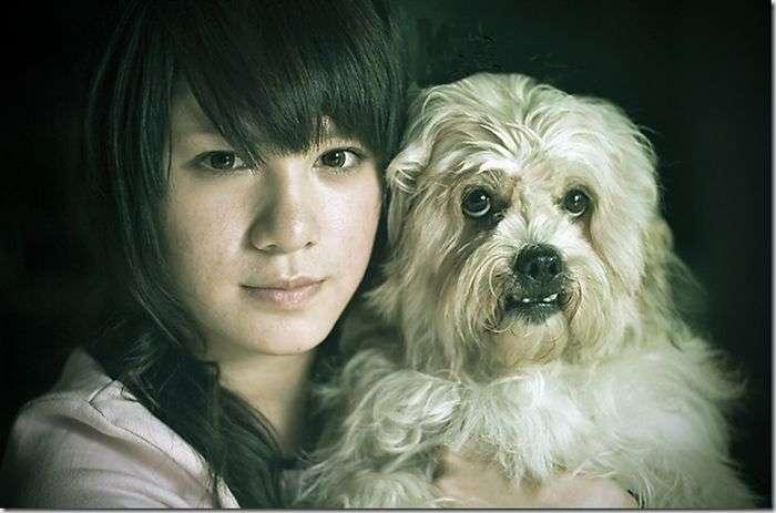 Дівчинка з собачкою (3 фото)