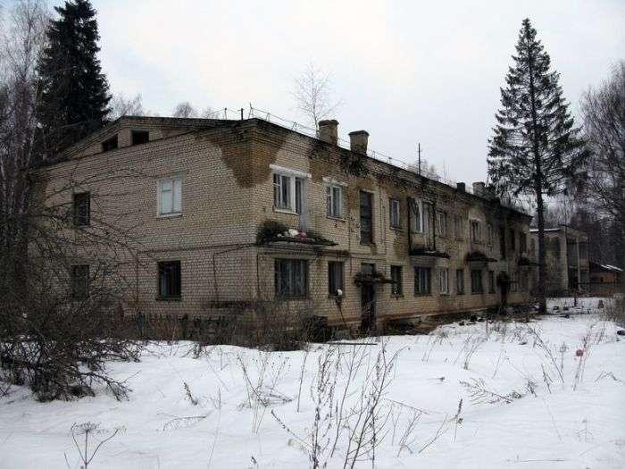 Покинуте військове містечко (50 фото)