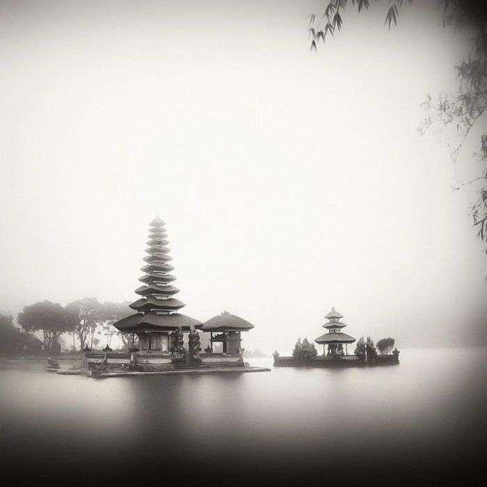 Красиві чорно-білі фотографії від Хенгки Коентжоро (30 фото)