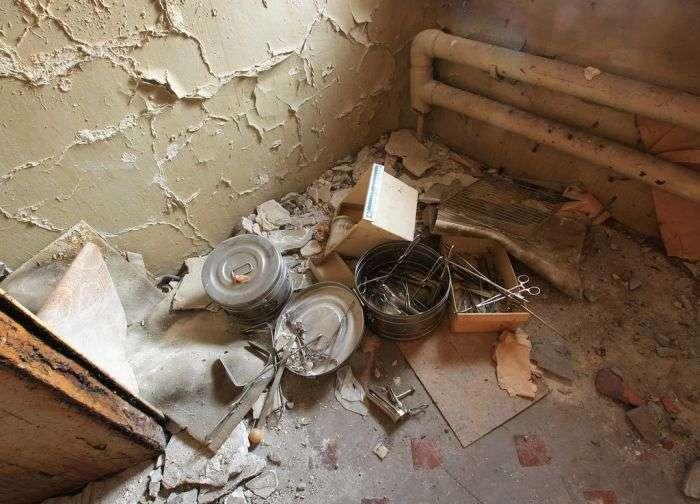 Покинутий пологовий будинок (19 фото)