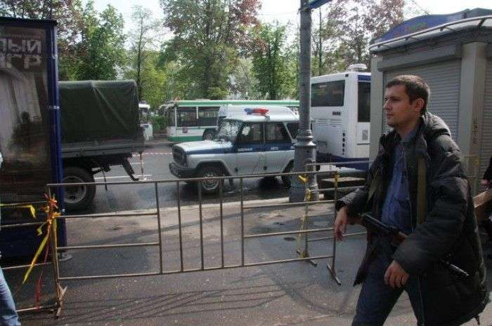 Експеримент: прогулянка по Москві з Калашом (10 фото)