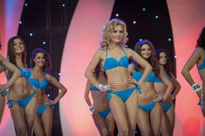Гранд-фінал конкурсу Королева України 2012 (75 фото)