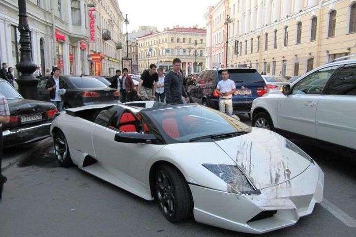 Аварія з участю Lamborghini (4 фото)