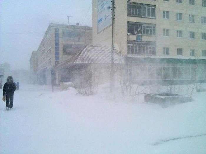 Травень в Норильську (10 фото)