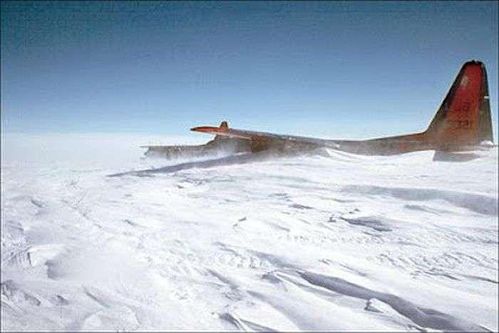 Загублений літак (8 фото)