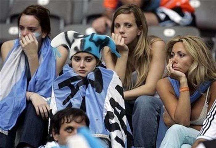 Засмучені вболівальники (60 фото)