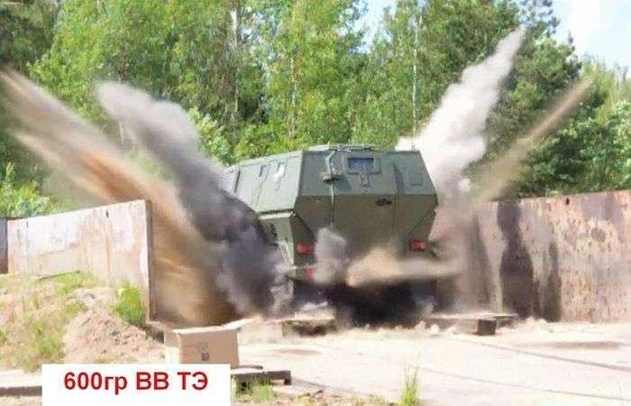 Випробування вітчизняного бронеавтомобіля Скорпіон ( 6 фото )