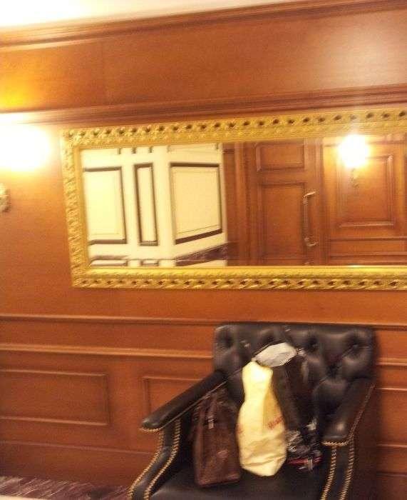 Незвичайний туалет в Гумі (10 фото)