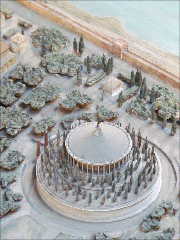 Самая точная модель Древнего Рима, на изготовление которой потребовалось 36 лет Интересное