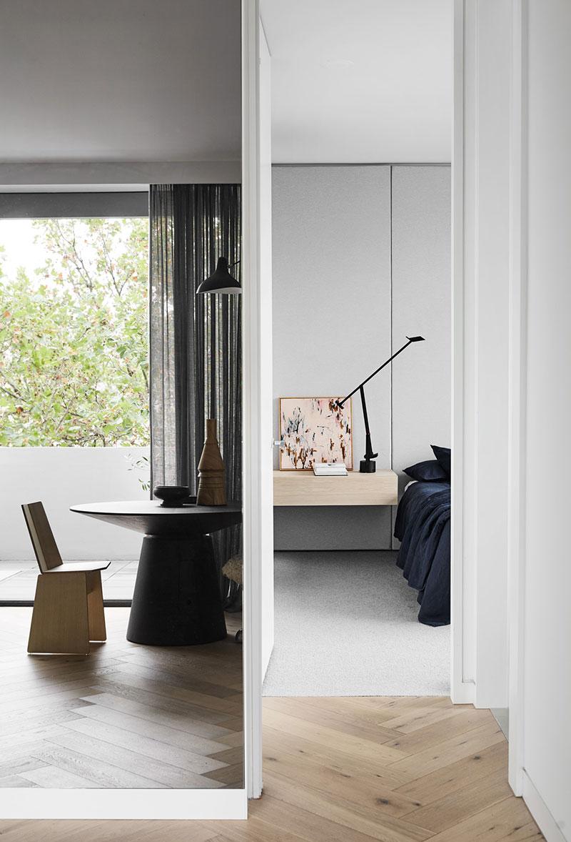Стильная мужская квартира в пригороде Мельбурна Австралия,интерьер и дизайн,Мельбурн,минимализм,мужской интерьер,скандинавский стиль,черно-белый интерьер