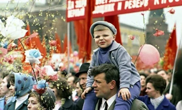Чем вам Ленин не угодил? Ленин,мнение,общество,россияне
