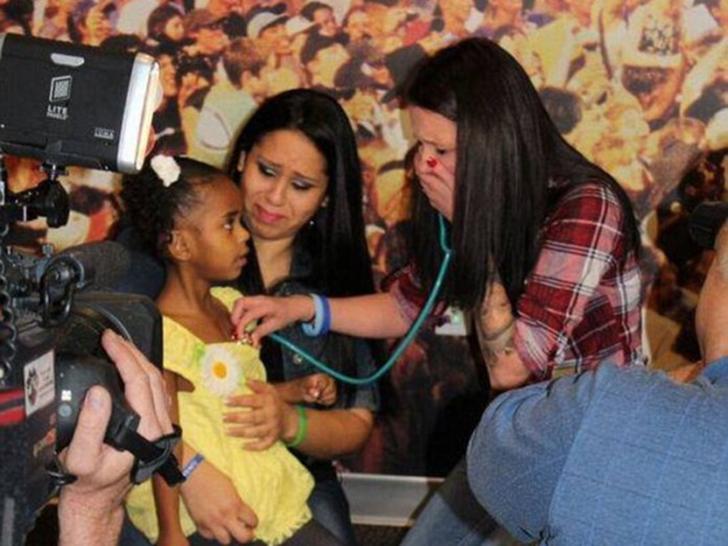 Мать отдала сердце погибшего сына, чтобы спасти жизнь смертельно больной девочки Дети,Жизнь,Истории,Отношения,проблемы