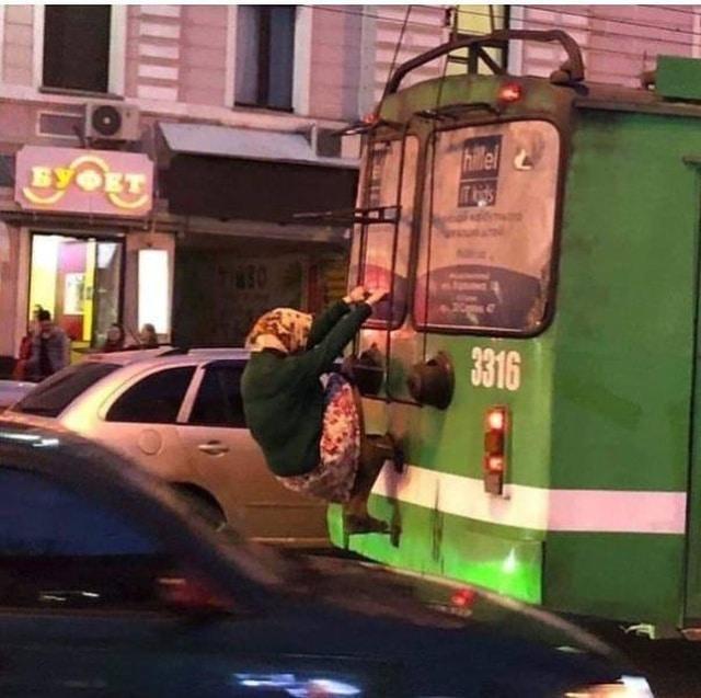 Дорожный патруль! 11 странных ситуаций, увиденных прямо на дороге Приколы,pin,автомобили,фото,юмор
